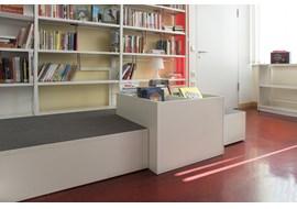 nuernbeg_staedtisches_sigena_gymnasium_school_library_de_008.jpg