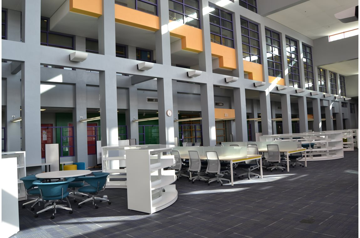 Miami Dade College, USA - School libraries