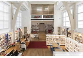 suresnes_cdi_lycee_p_langevin_school_library_fr_001.jpg