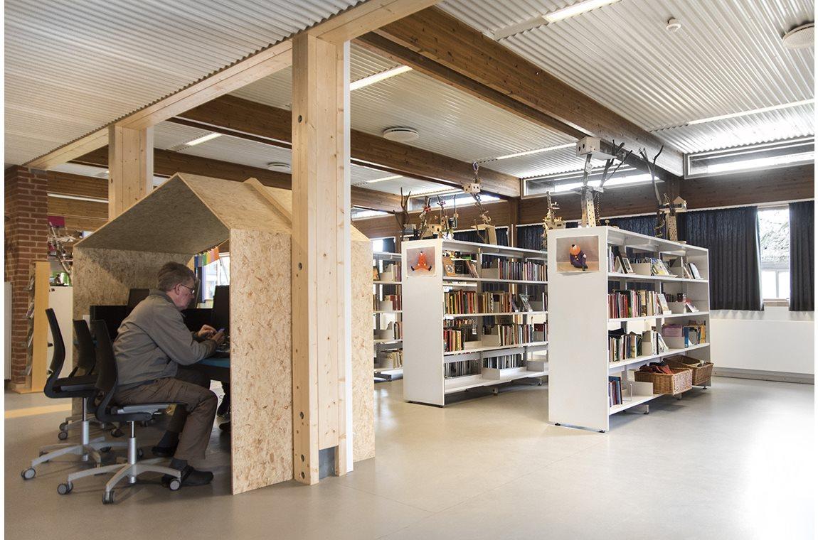 Pilehaveskolen, Vallensbæk, Danmark - Skolebibliotek