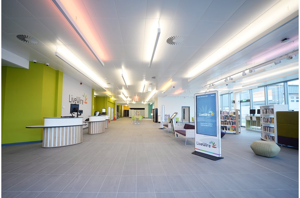 Great Sankey Neighbourhood Hub, United Kingdom - Public libraries