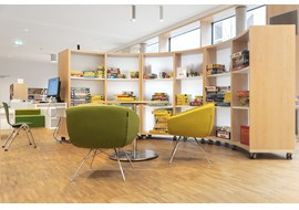 stadtbibliothek_marktheidenfeld_public_library_de_003.jpg