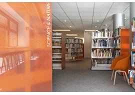 mediatheque_de_bourg_st_maurice_public_library_fr_016.jpg