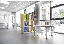 mediatheque_de_bourg_st_maurice_public_library_fr_035.jpg