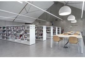 annecy_le_vieux_bu_sciences_academic_library_fr_003.jpg