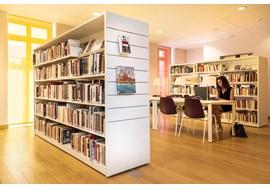 mediathèque_de_st_claude_public_library_fr_007.jpg