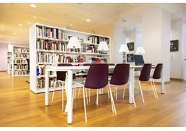 mediathèque_de_st_claude_public_library_fr_009.jpg