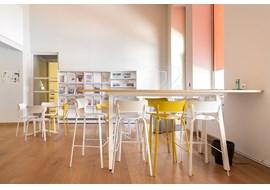 mediathèque_de_st_claude_public_library_fr_012.jpg