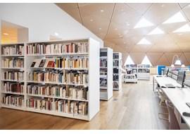 mediathèque_de_st_claude_public_library_fr_014.jpg