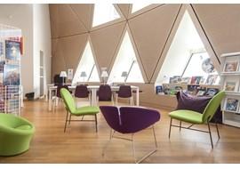 mediathèque_de_st_claude_public_library_fr_021.jpg