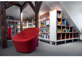 detmold_stadtbibliothek_public_library_de_002.jpg