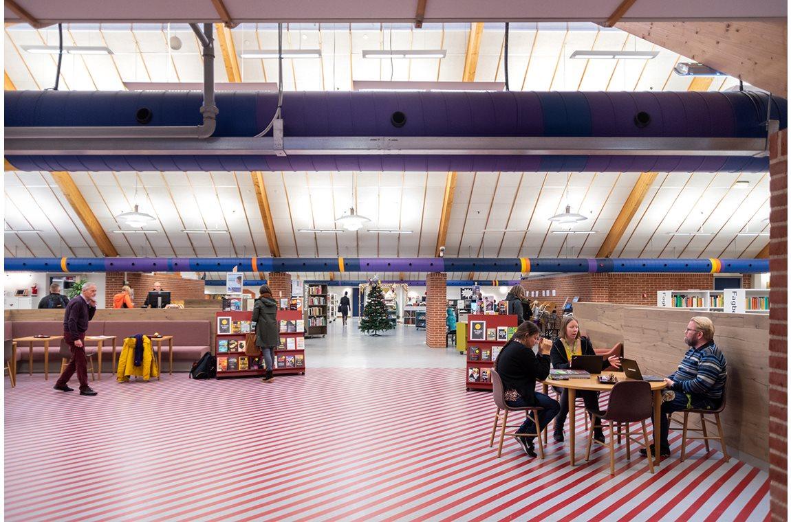 Bibliothèque publique de Allerød, Danemark - Bibliothèque municipale
