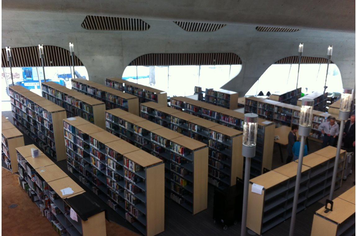 Bibliothèque municipale d'Edmonton, Jasper Place, Canada - Bibliothèque municipale