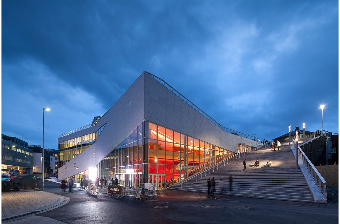 Molde Public Library, Norway - Public libraries